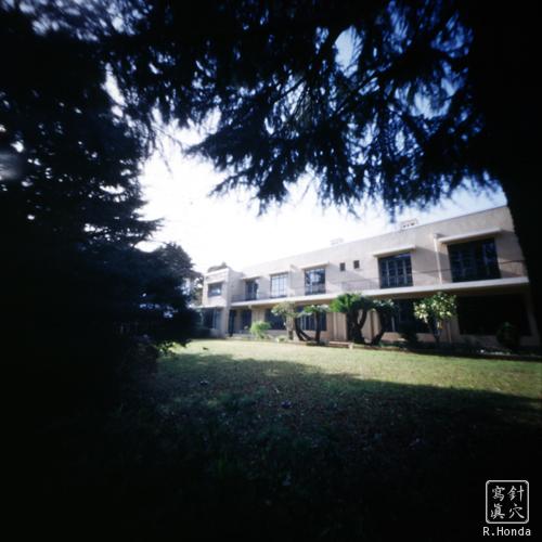 フェリス女学院大学10号館